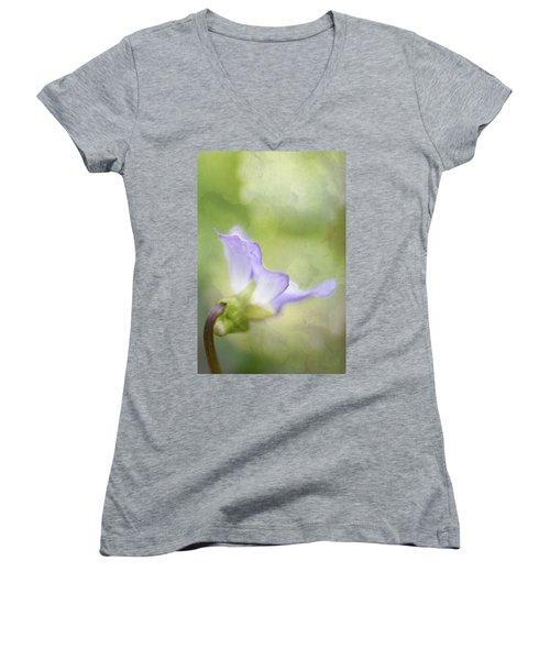 Lavender Women's V-Neck