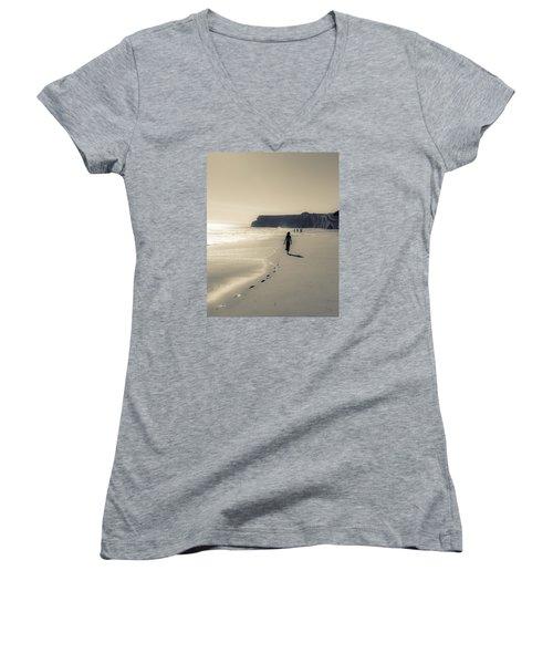 Leave Nothing But Footprints Women's V-Neck T-Shirt (Junior Cut) by Alex Lapidus