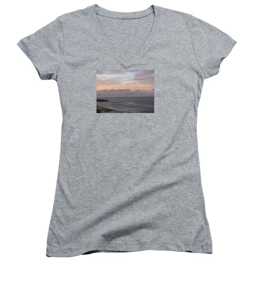 Lighthouse Peach Sunset Women's V-Neck T-Shirt