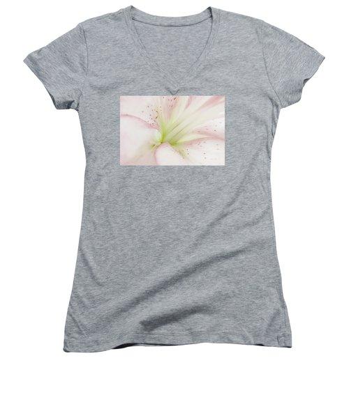 Lily Centered Women's V-Neck