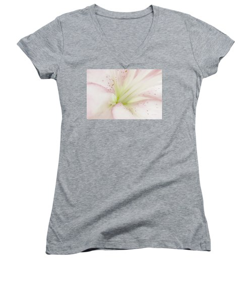 Lily Centered Women's V-Neck