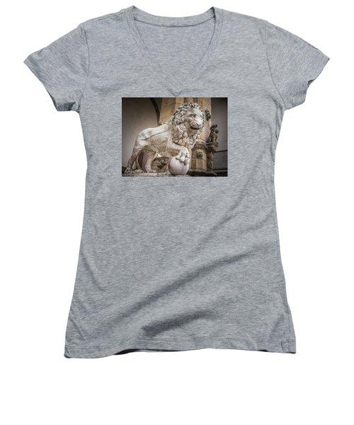 Lion On The Porch Women's V-Neck T-Shirt