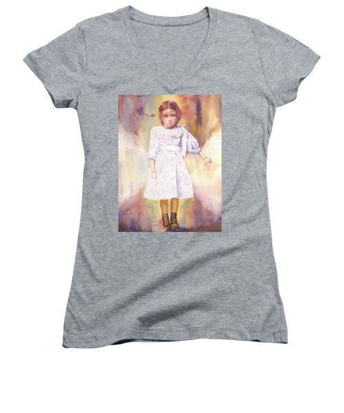 Little Anna Women's V-Neck T-Shirt