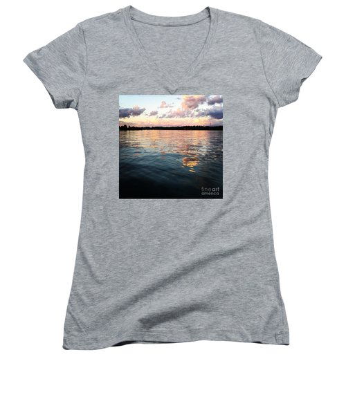 Lkn Water And Sky  I Women's V-Neck T-Shirt