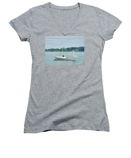 Lobster Boat Harpswell Maine Women's V-Neck T-Shirt