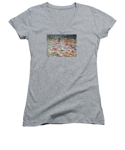 London Bricks Women's V-Neck T-Shirt