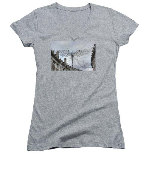 London's Angel Women's V-Neck T-Shirt