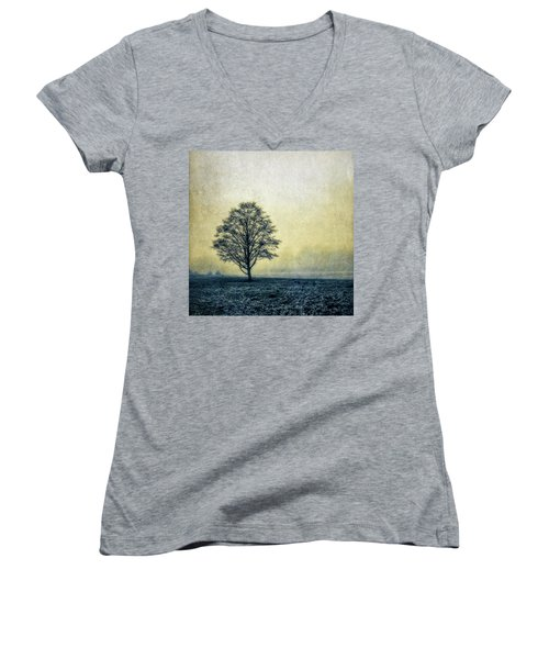 Lonely Tree Women's V-Neck T-Shirt