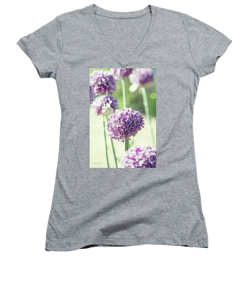 Women's V-Neck T-Shirt featuring the photograph Longing For Summer Days by Linda Lees