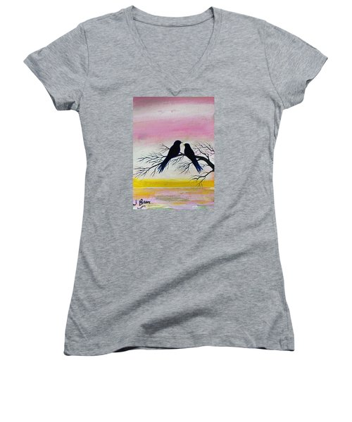 Love Birds Women's V-Neck T-Shirt