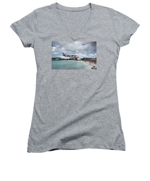 Low Landing At Sonesta Maho Beach Women's V-Neck T-Shirt