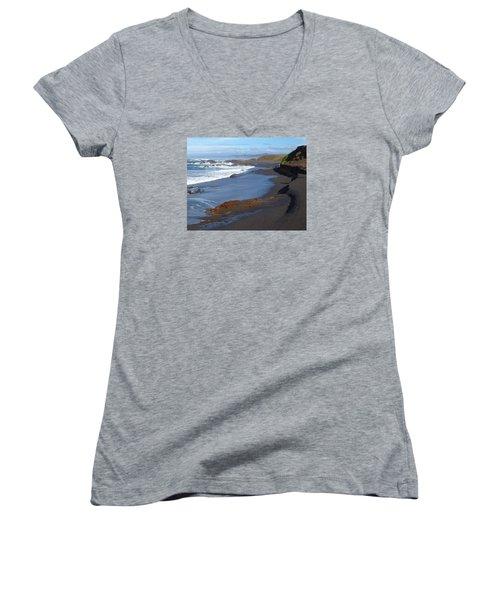 Mackerricher Beach Coastline Women's V-Neck T-Shirt