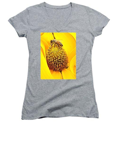 Macro Bee Women's V-Neck