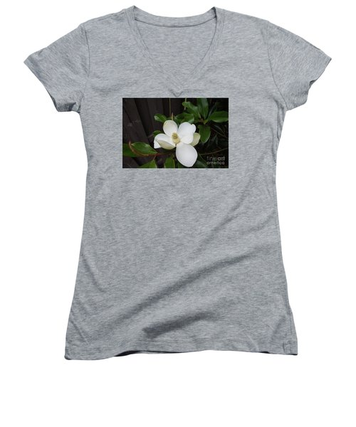 Magnolia 3 Women's V-Neck (Athletic Fit)