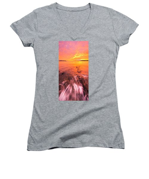 Maine Rocky Coastal Sunset At Kettle Cove Women's V-Neck T-Shirt (Junior Cut) by Ranjay Mitra