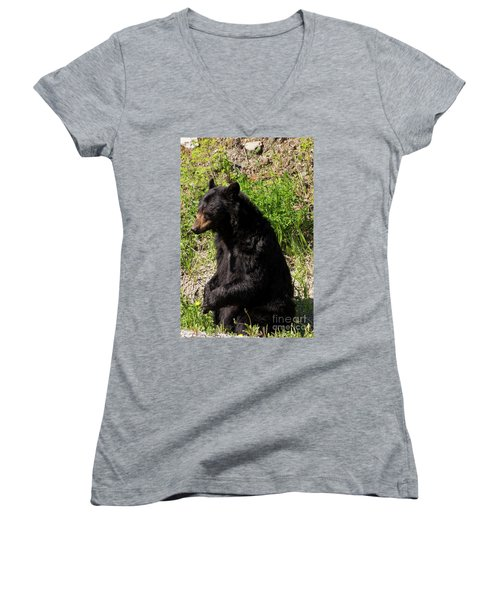 Mama Black Bear Women's V-Neck (Athletic Fit)