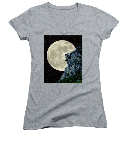 Women's V-Neck T-Shirt (Junior Cut) featuring the photograph Man In The Moon Meets Old Man Of The Mountain Vertical by Larry Landolfi