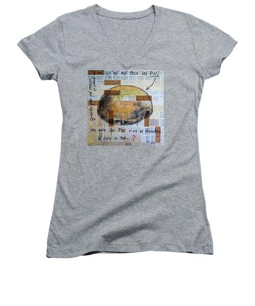 Mana' Cubano Women's V-Neck T-Shirt