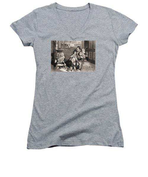 March 1937 Scott's Run, West Virginia Johnson Family. Women's V-Neck (Athletic Fit)