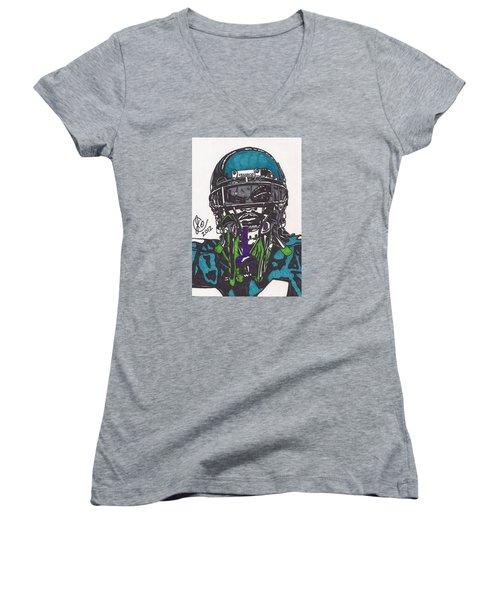 Marshawn Lynch 1 Women's V-Neck T-Shirt (Junior Cut) by Jeremiah Colley
