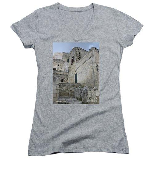 Matera Houses Women's V-Neck