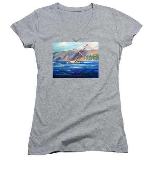Maui Boat Women's V-Neck T-Shirt