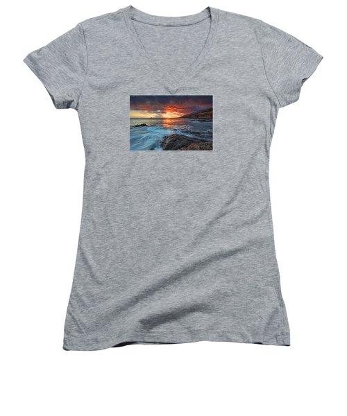 Maui Skies Women's V-Neck T-Shirt