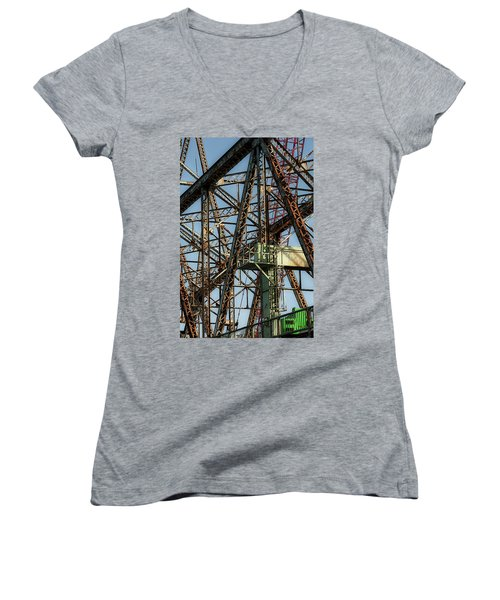 Memorial Bridge Women's V-Neck T-Shirt