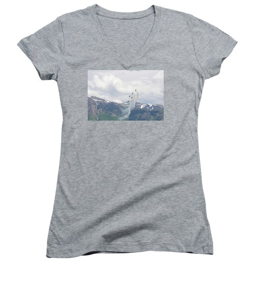 Memorial Pass Women's V-Neck