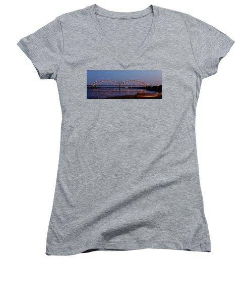 Memphis - I-40 Bridge Over The Mississippi 2 Women's V-Neck T-Shirt