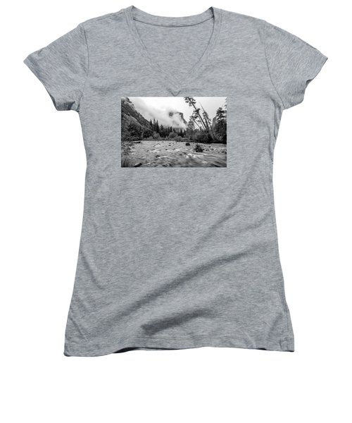 Merced River Women's V-Neck