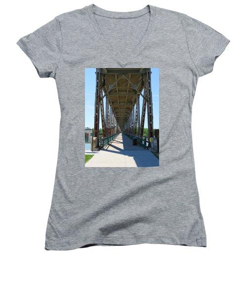 Meridian Bridge Women's V-Neck