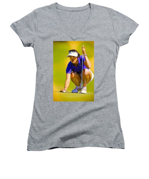Michelle Wie Lines Up Her Putt  Women's V-Neck (Athletic Fit)