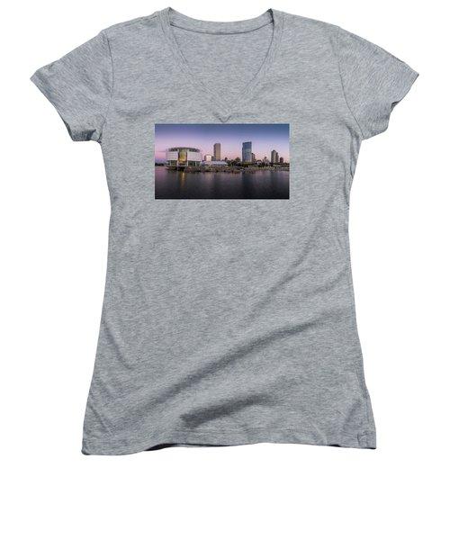 Milwaukee Sky Women's V-Neck T-Shirt