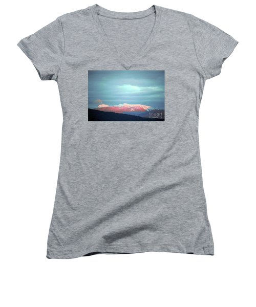 Monashee Sunset Women's V-Neck T-Shirt