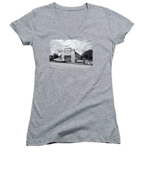 Women's V-Neck T-Shirt featuring the photograph Monegeetta Produce Store by Linda Lees