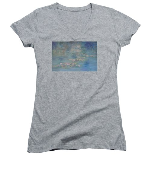 Monet Style Water Lily Peaceful Tropical Garden Painting Print Women's V-Neck