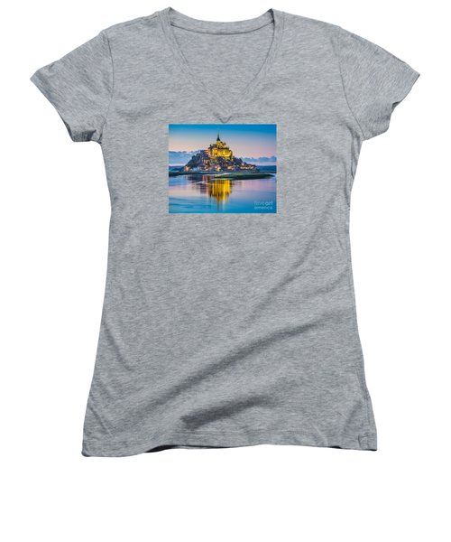 Mont Saint-michel In Twilight Women's V-Neck T-Shirt