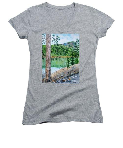 Montana - Lake Como Women's V-Neck T-Shirt
