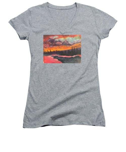 Montana Sunset Women's V-Neck T-Shirt