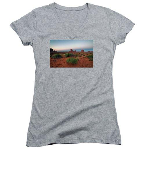 Monument Valley Women's V-Neck