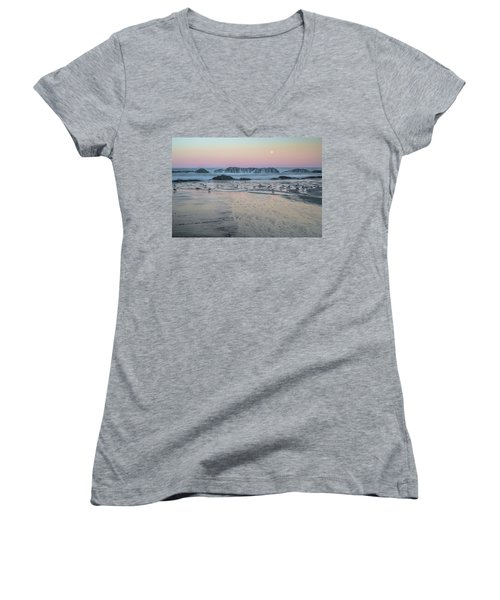Moonset At Seal Rock Women's V-Neck T-Shirt