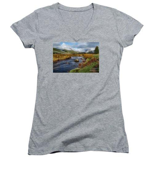 Moraine Park Morning - Rocky Mountain National Park, Colorado Women's V-Neck T-Shirt