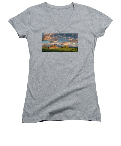 Mormon Row At Sunrise Women's V-Neck