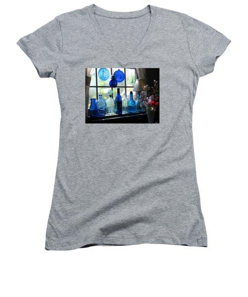 Mother's Day Window Women's V-Neck T-Shirt
