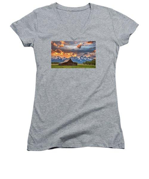 Moulton Barn Sunset Fire Women's V-Neck T-Shirt (Junior Cut) by Darren White
