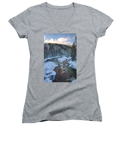 Moyie Winter Women's V-Neck (Athletic Fit)