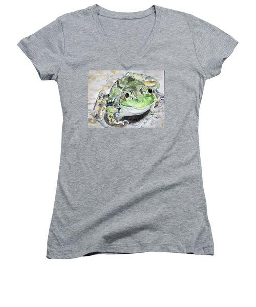 Mr Frog  Women's V-Neck T-Shirt
