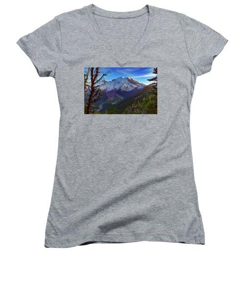 Mt Rainier At Emmons Glacier Women's V-Neck T-Shirt (Junior Cut)