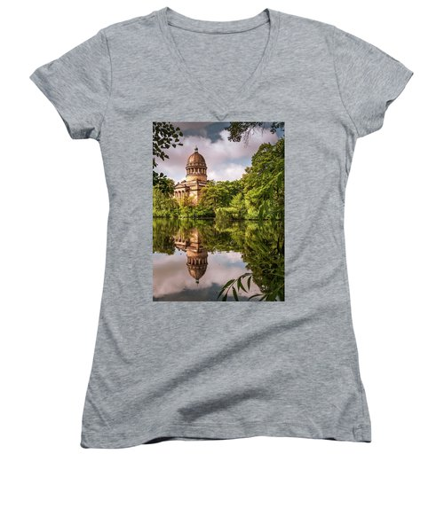 Museum At The Zoo Women's V-Neck T-Shirt (Junior Cut) by Martina Thompson